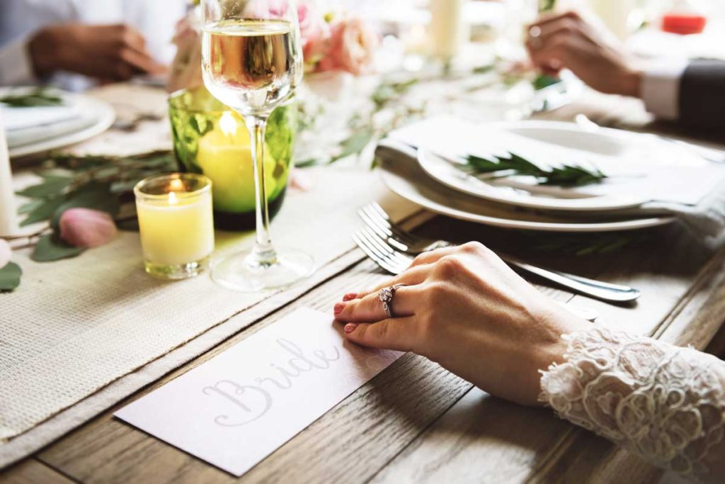 How to Design Homemade Postcard Invitations for Your Wedding