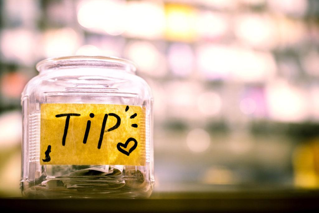 Tip Trinkgeld geben weltweit keine Fehler machen