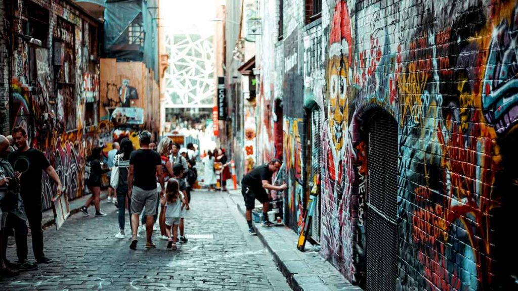 Little alley in Melbourne, colourful painted