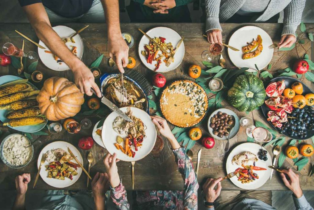 Table with food for Thanksgiving
