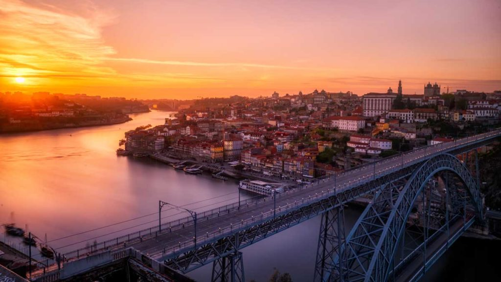 Dom Luis bridge in Porto in sunset