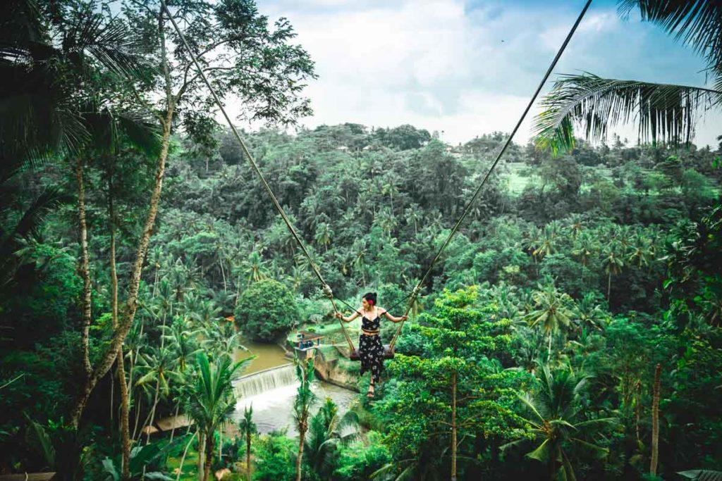 Huge swing in Bali for nice snapshots
