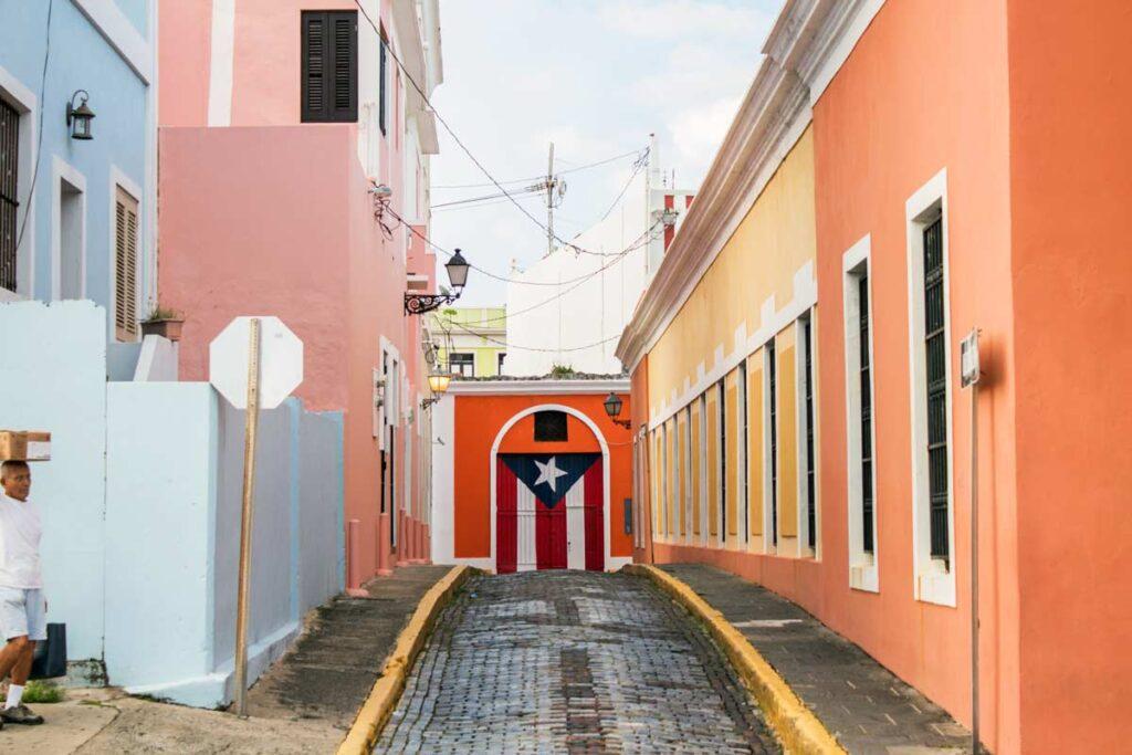 Die bunte Wänder in Old San Juan in Nordamerika