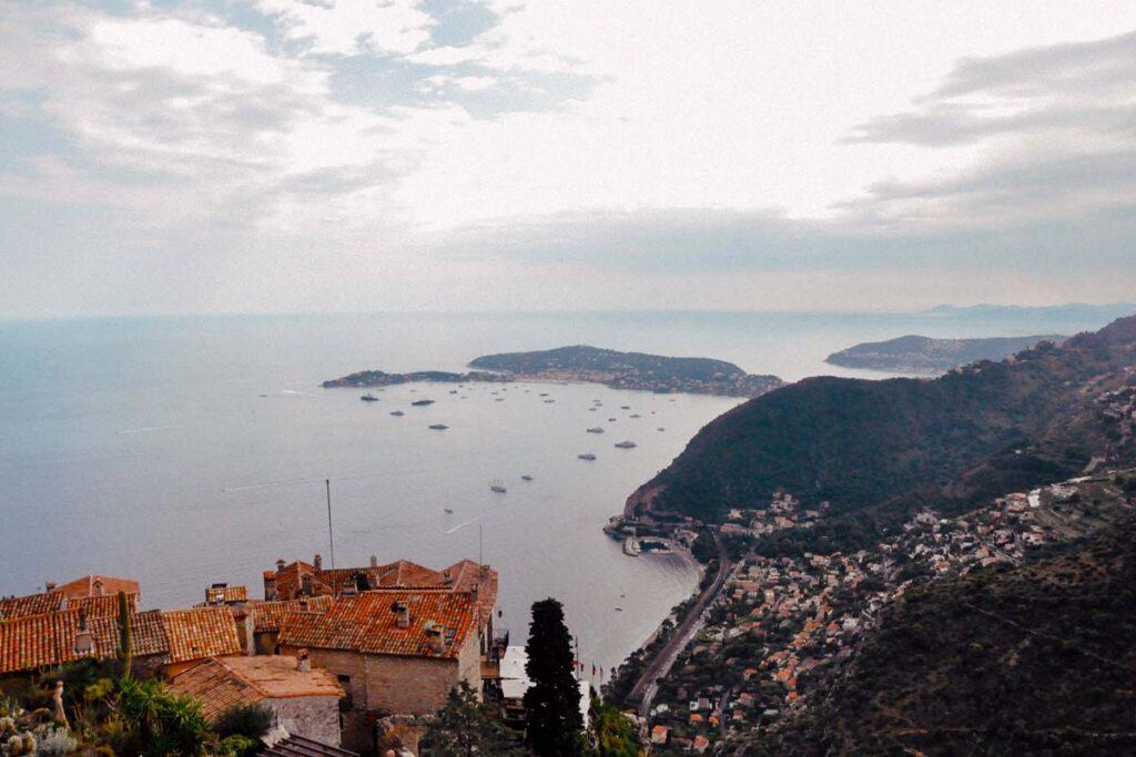 Französische Riviera ist einer der schönsten Roadtrips Europas