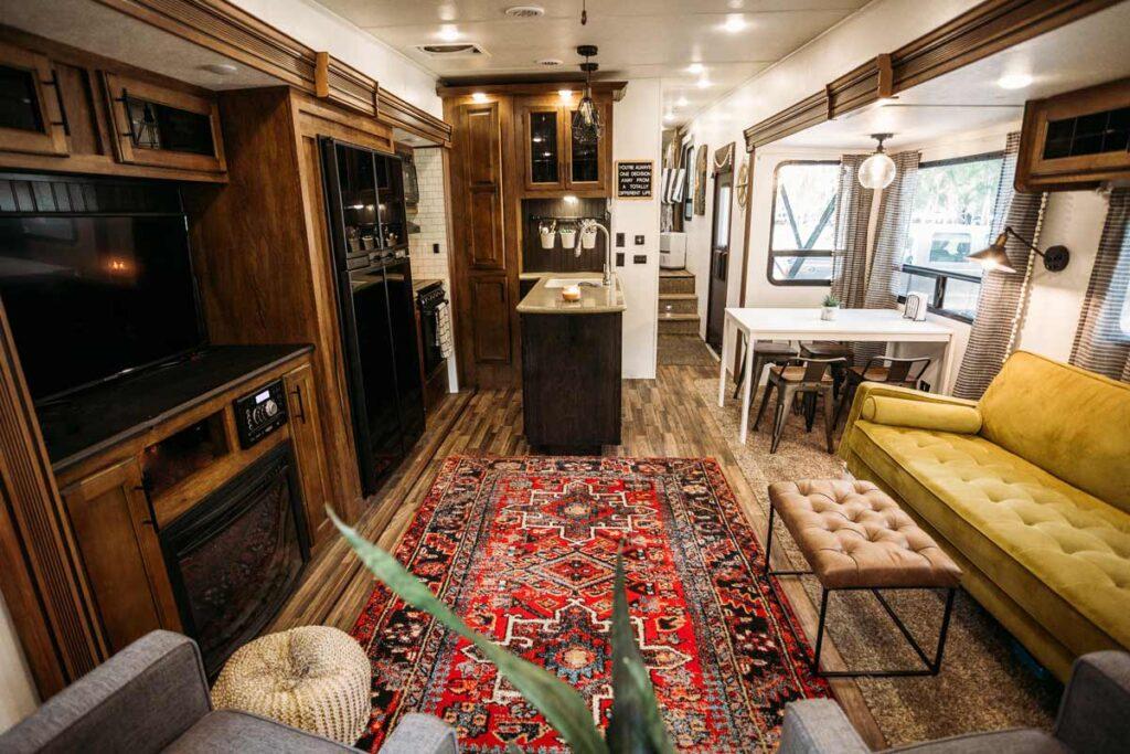 Innerseite des Wohnmobiles (RV)
