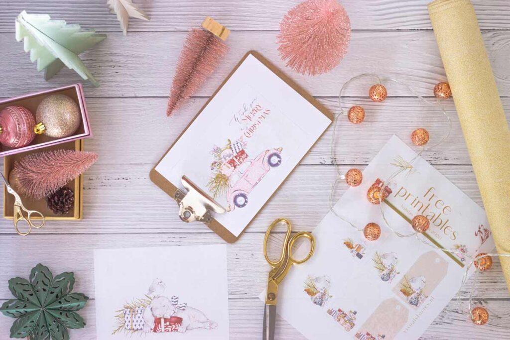 DIY Materialen stehen bereit am Tisch für unseren Weihnachts DIY-Ideen